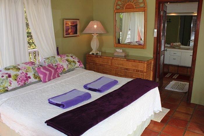 Coconuts Villa: Master Bedroom